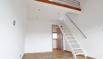 Escalier pour une mezzanine à Blagnac